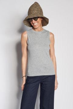 Gray cotton top with bee detail
