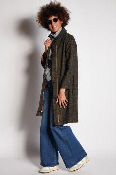 Barbed coat