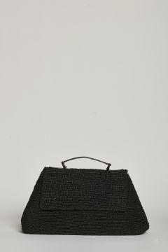 Black handbag or shoulder bag with magnetic closure