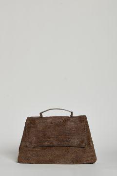 Brown handbag or shoulder bag with magnetic closure