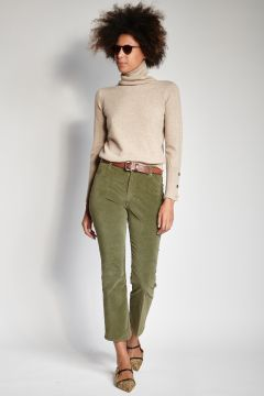 Green smooth velvet cropped trousers