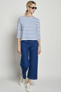 Jeans blu tagliati