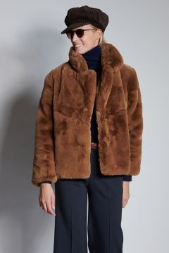 Camel-colored fur
