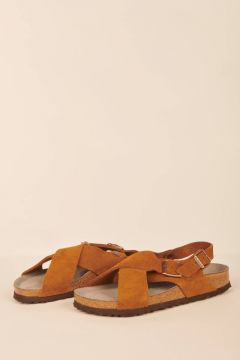 Brown Tulum sandals in suede