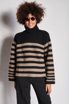 Cashmere turtleneck with cumin and black stripes