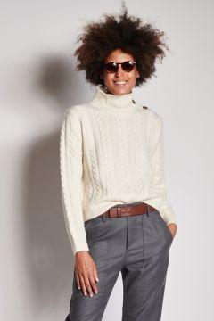 Ivory cashmere turtleneck with braids
