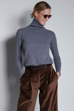 Gray turtleneck with buttons on the cuffs