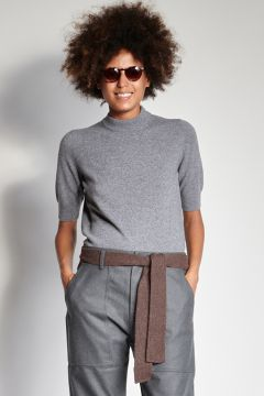 Short-sleeved gray cashmere crewneck