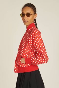 giacca rossa a pois