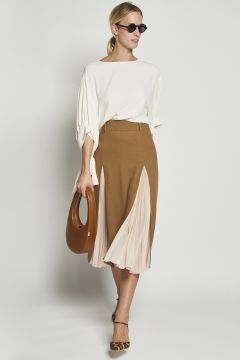 Tobacco skirt with pleated slits