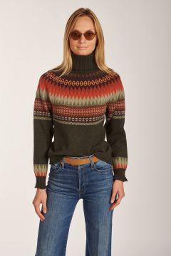 Green patterned turtleneck sweater green