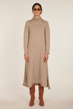 Viola beige long and high-necked dress
