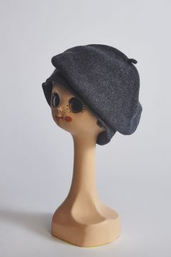Dark gray wool beret
