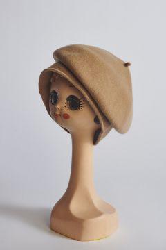 Camel wool beret