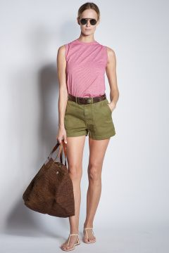 Military green cotton shorts with pockets