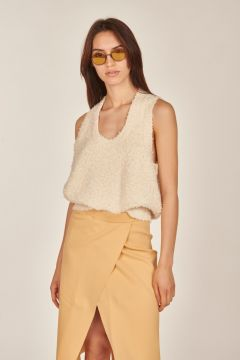 White textured wire top
