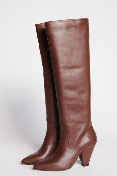 Stivali in pelle marrone con tacco