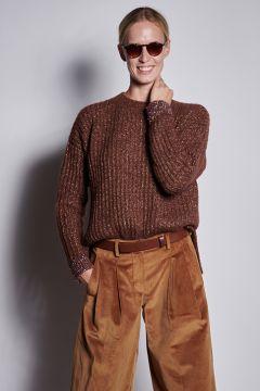 Brown crewneck sweater with lurex details