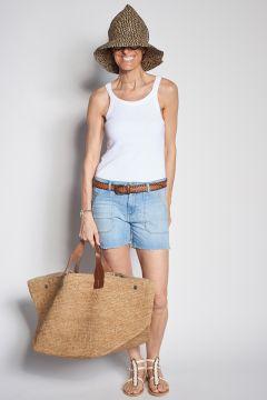 Denim shorts with pockets