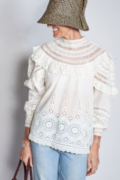 Long-sleeved lace blouse with ruffles