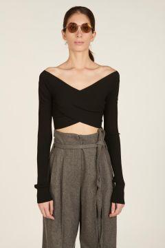 Black criss-cross pullover