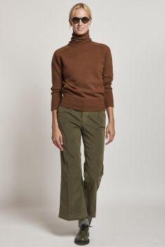 green trumpet smooth velvet trousers