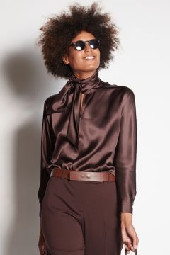 Long-sleeved brown shirt with scarf