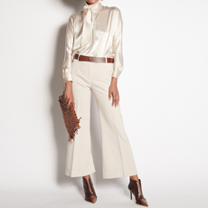 Ivory trousers with turn-ups